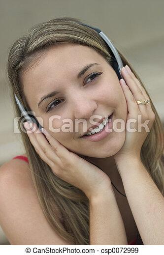 kvinna, musik - csp0072999