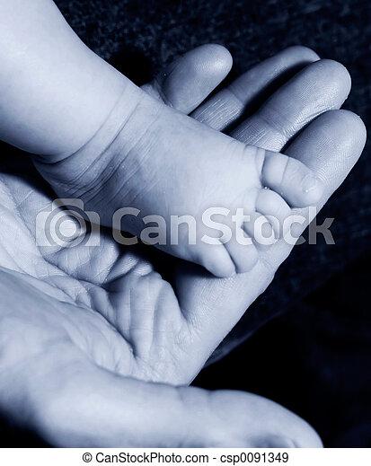 Stock fotografieken van baby voet mannen hand blauwe csp0091349 zoek naar stock - Baby voet verkoop ...