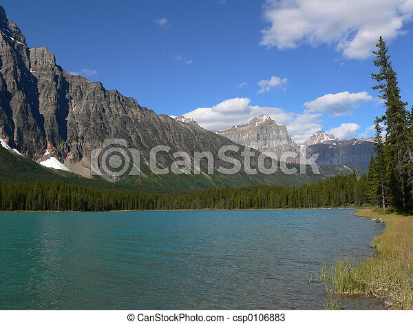 Lake in Canadian Rockies - csp0106883