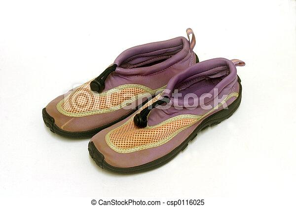 Aqua sport shoes
