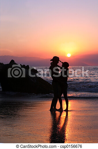 Couple at sunset - csp0156676