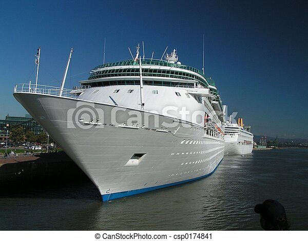 white cruise ship - csp0174841