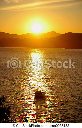 Sunset Cruising - csp0238183