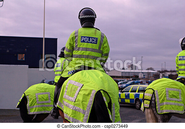 UK Police Horse And Rider - csp0273449