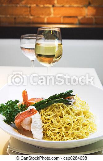 Seafood Noodles - csp0284638