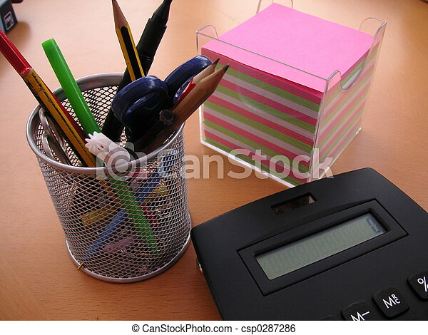 oggetti, ufficio, scrivania - csp0287286