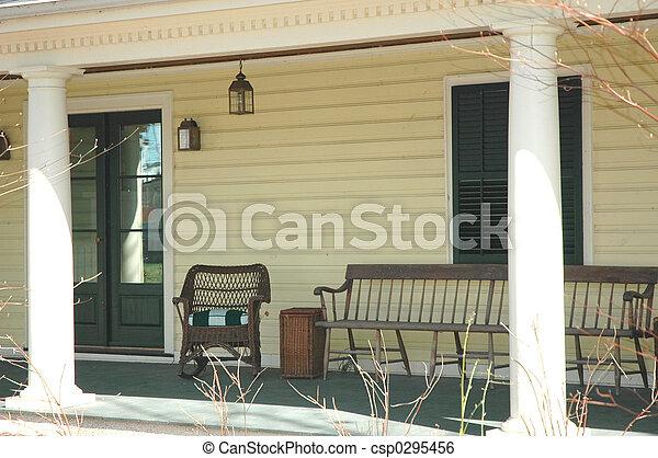 Stock beeld van veranda gezellig portiek gezellig woning thuis csp0295456 zoek - Beelden van verandas ...