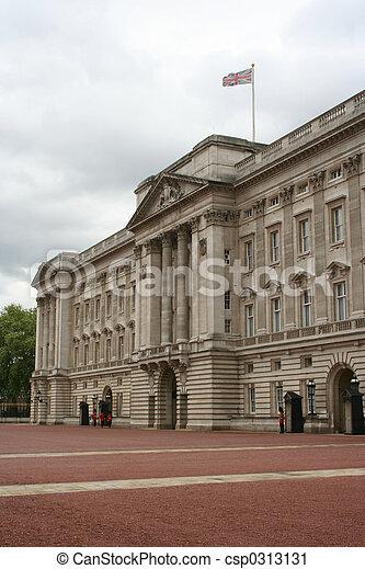 Buckingham Palace, London - csp0313131