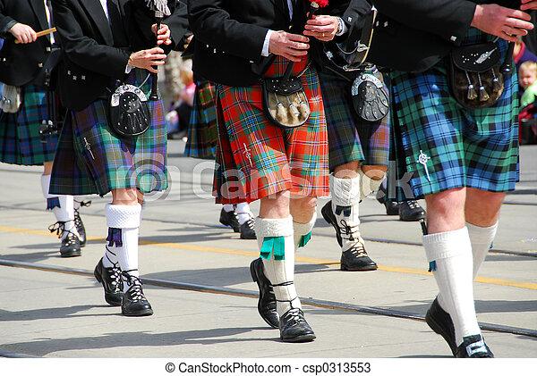 Scottish marching band - csp0313553