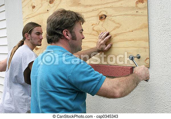 Hurricane Preparedness - Teamwork - csp0345343