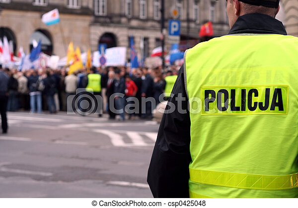 Protecting the demonstration 1 - csp0425048