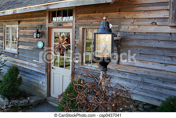 Getaway Cottage - csp0437041