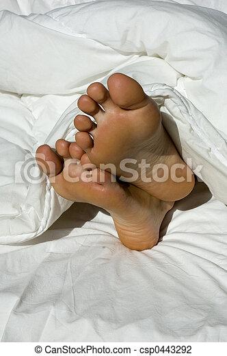 Sleepy feet - csp0443292