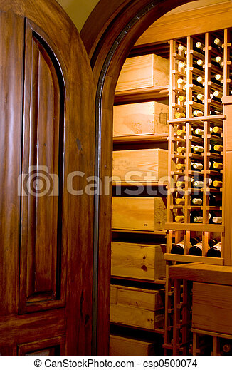 mahogany door and wine cellar - csp0500074