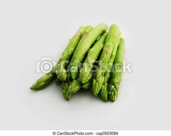 Fresh asparagus shoots - csp0503084