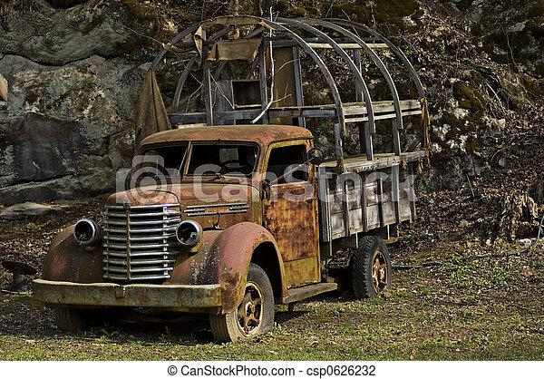 1 vieux camion csp0626232