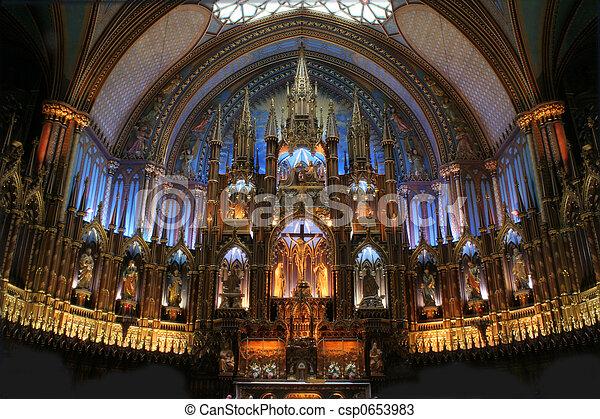 The Basilica Notre Dame de Montreal. - csp0653983