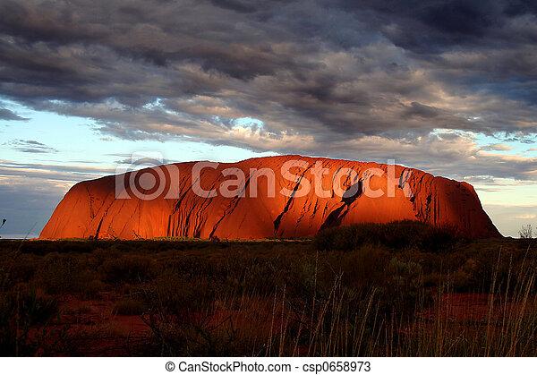 Uluru - csp0658973