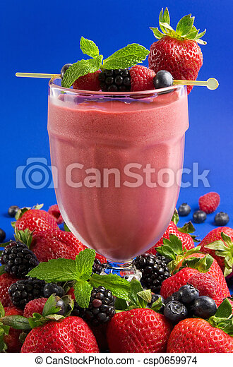 Berry smoothie - csp0659974