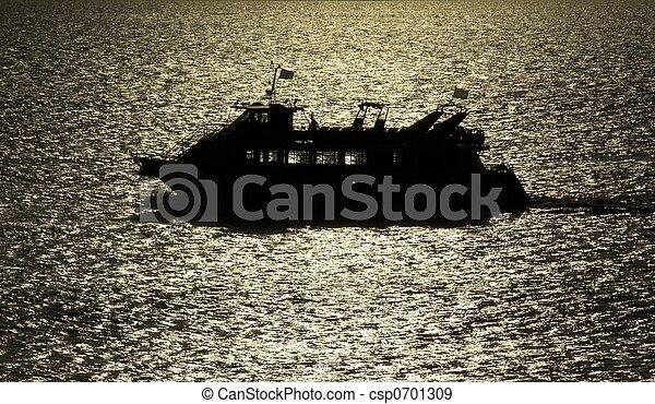Boat in the Sun Strip - csp0701309