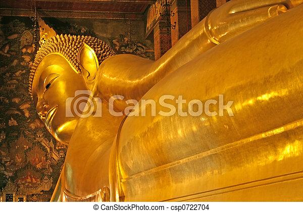 Reclining Buddha, Bangkok - csp0722704