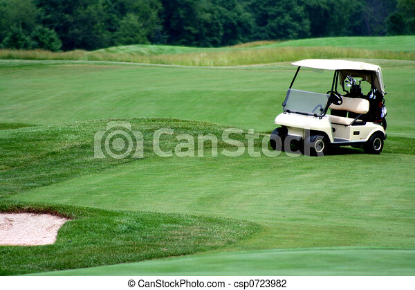 Golf cart on golf course - csp0723982