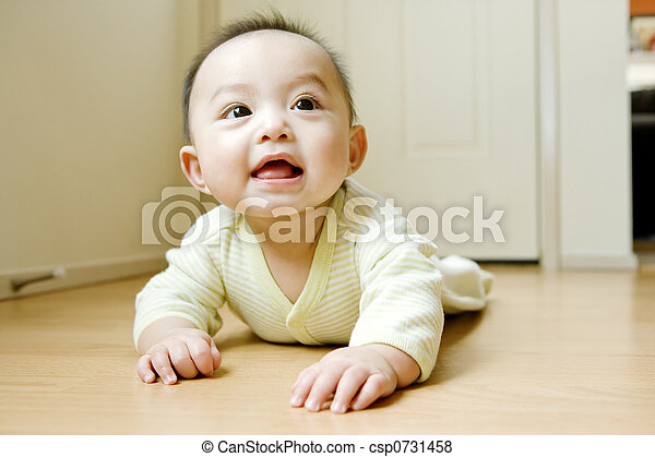 Baby Crawling On Floor - csp0731458