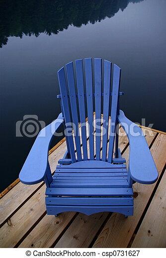 bilder von muskoka stuhl traditionelle muskoka stuhl dock csp0731627 suchen sie. Black Bedroom Furniture Sets. Home Design Ideas