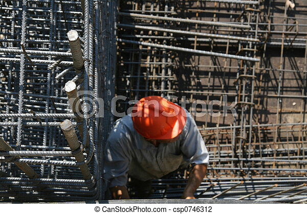 worker in construction - csp0746312