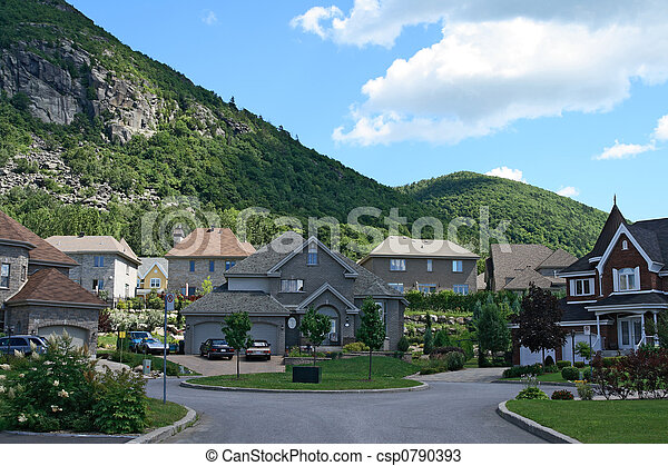 Expensive houses near the beautiful mountains - csp0790393