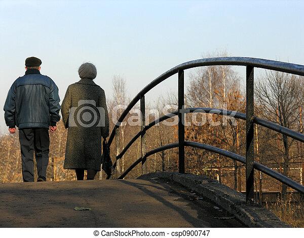 retirees on bridge - csp0900747
