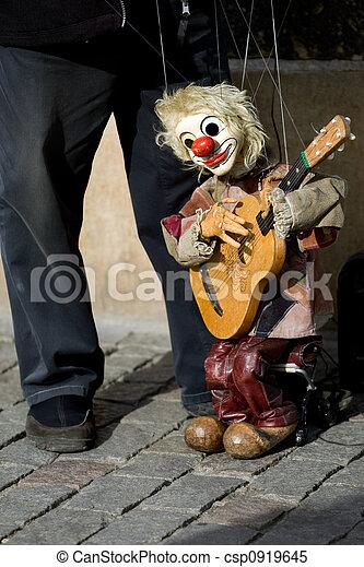 Street performer - csp0919645