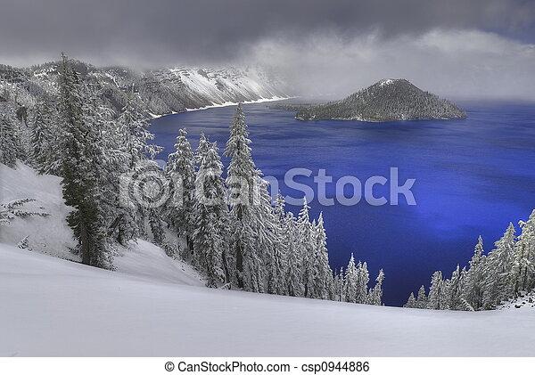 Crater Lake - csp0944886