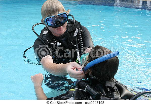 Scuba diving instructor  - csp0947198