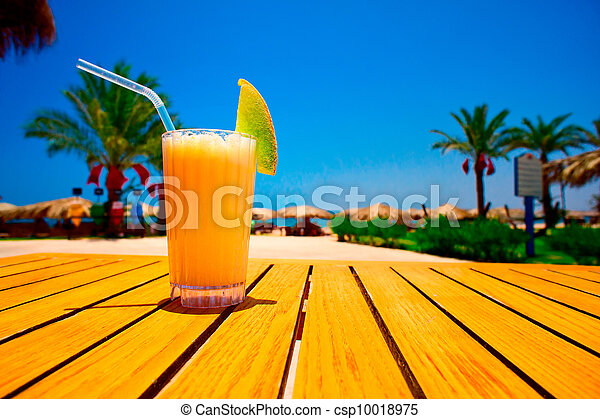 Tasty juice with melon opposite the beach - csp10018975