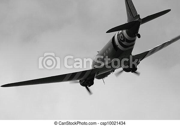 photos de mondiale guerre 2 avion noir et blanc dc 3 dakota csp10021434. Black Bedroom Furniture Sets. Home Design Ideas