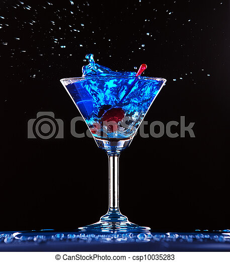 blue cocktail splashing - csp10035283