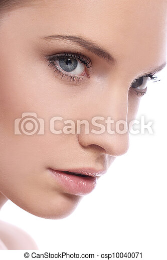 Beautiful woman with clean face - csp10040071