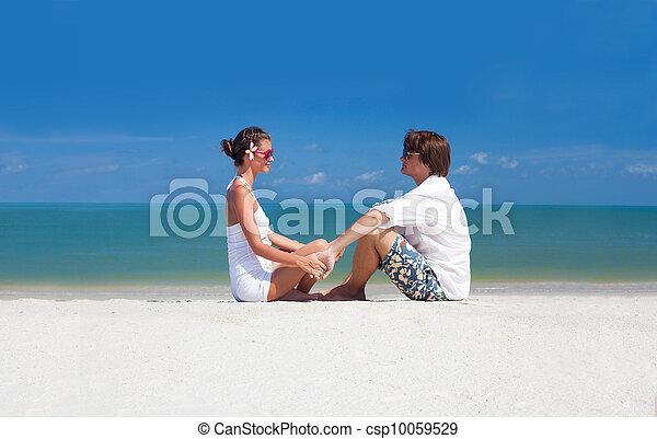 romantic lovers vacation on a tropical beach. honeymoon - csp10059529