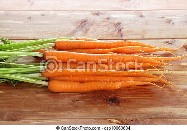 Fresh organic carrots - csp10060604