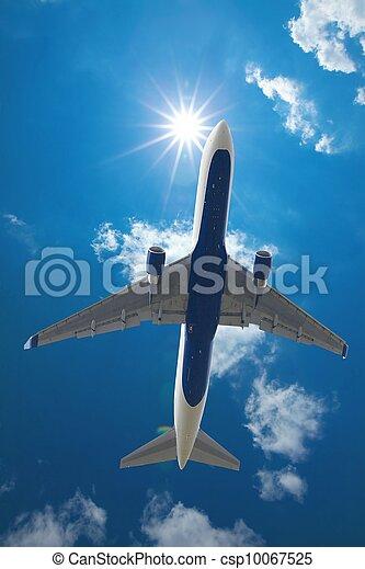 Airliner - csp10067525