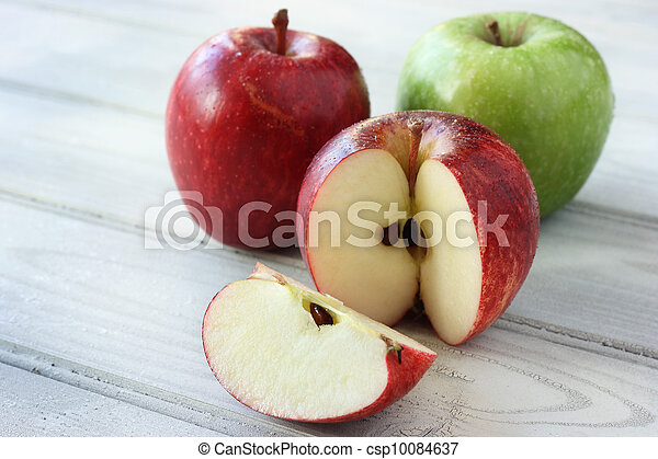 Fresh, juicy apples - csp10084637