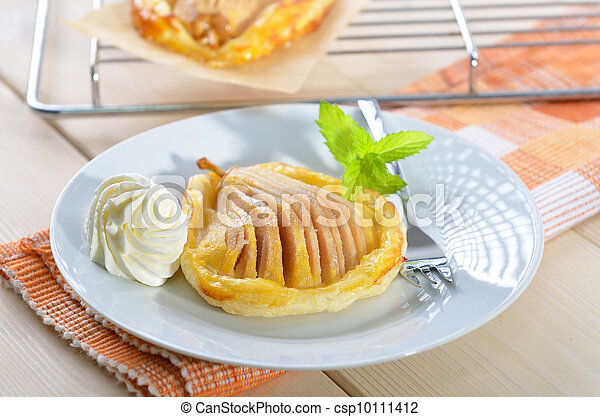 Pear on puff pastry - csp10111412
