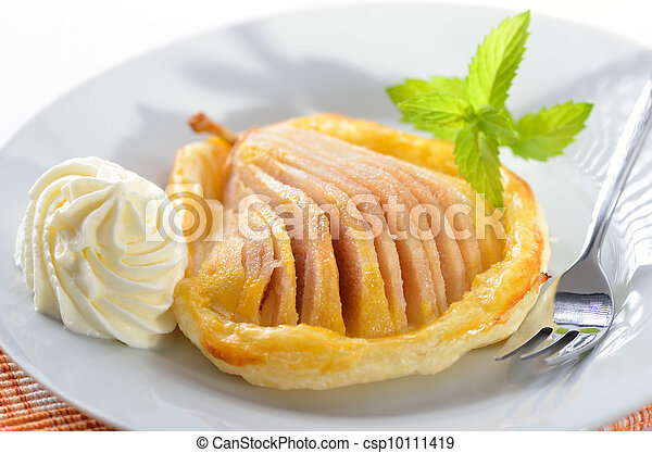 Pear on puff pastry - csp10111419