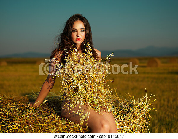 outdoors portrait of beautiful, young woman - csp10115647