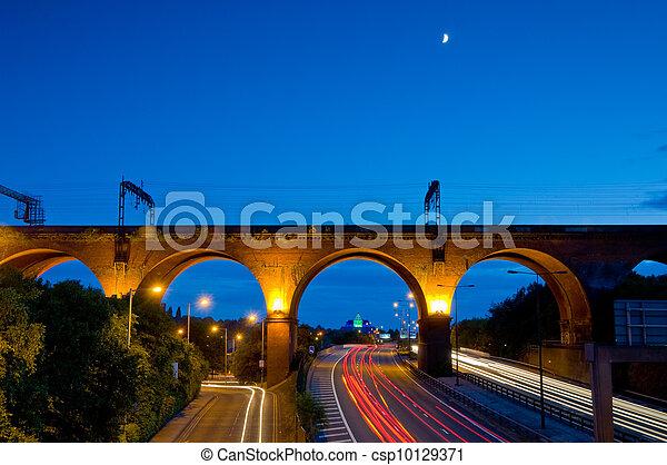 17- stockport viaduct tail lights - csp10129371