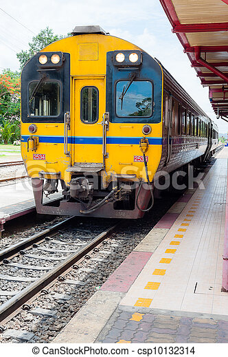 Thai yellow train in station  - csp10132314