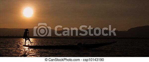 Fisherman at Inle Lake, Myanmar - csp10143190