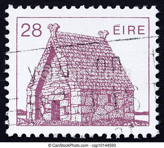 Postage stamp Ireland 1985 St. Mac Dara?s Church, Ireland - csp10144593