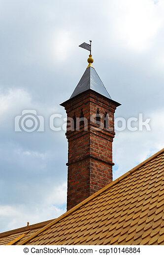 images de maison vieux chemin e toit chemin e sur a toit de csp10146884. Black Bedroom Furniture Sets. Home Design Ideas